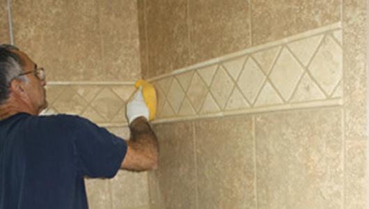 C mo instalar baldosas y azulejos paso a paso constru - Como colocar baldosas ...