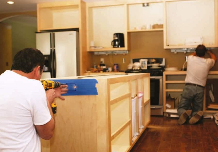 Gu a para comprar gabinetes de cocina constru gu a al d a - Como hacer cocinita de madera ...