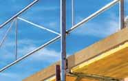 Las plataformas de más de 10 pies requieren dos barandas