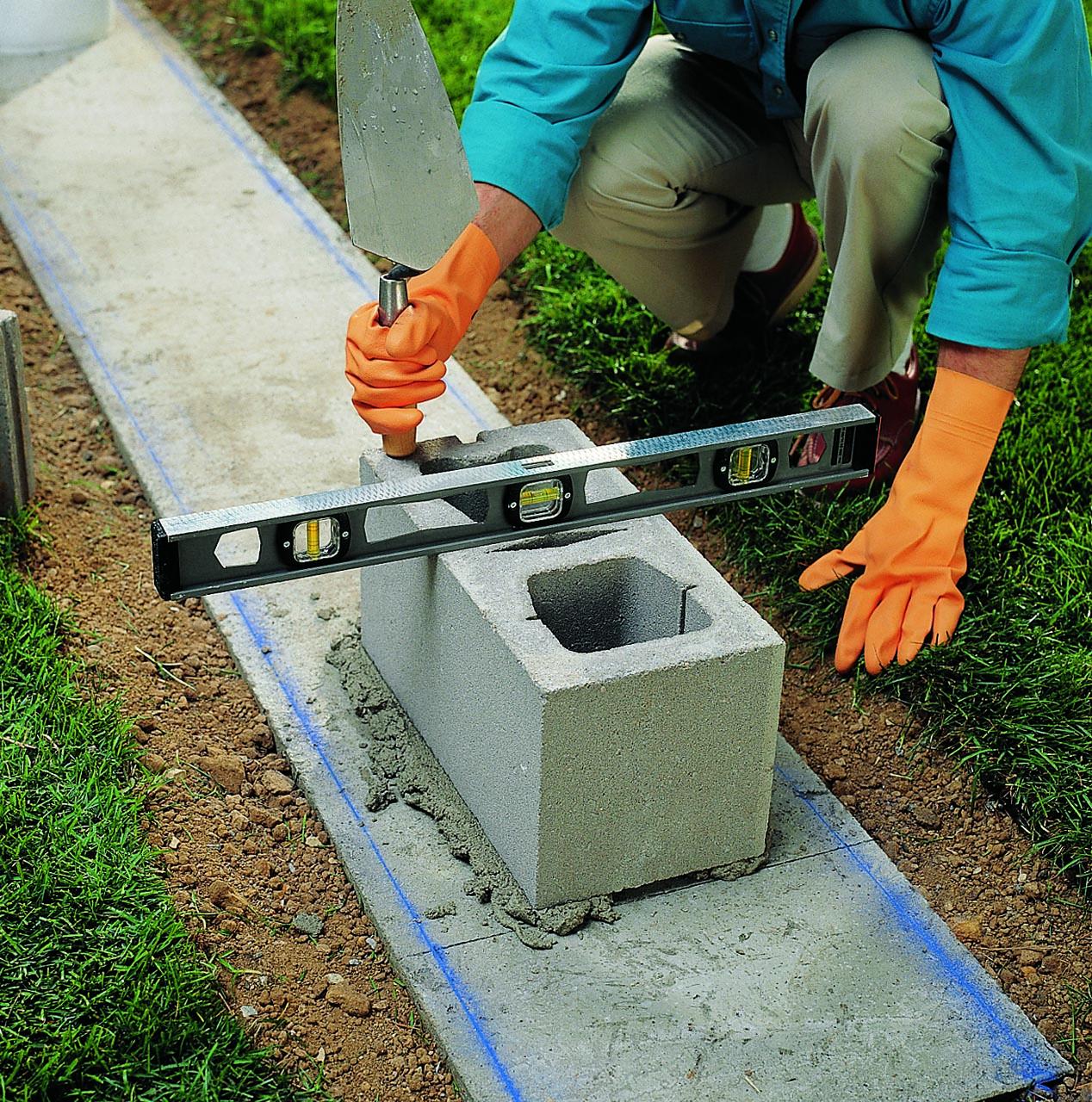 C mo construir una pared de bloques de concreto constru for Como hacer una pileta de cemento