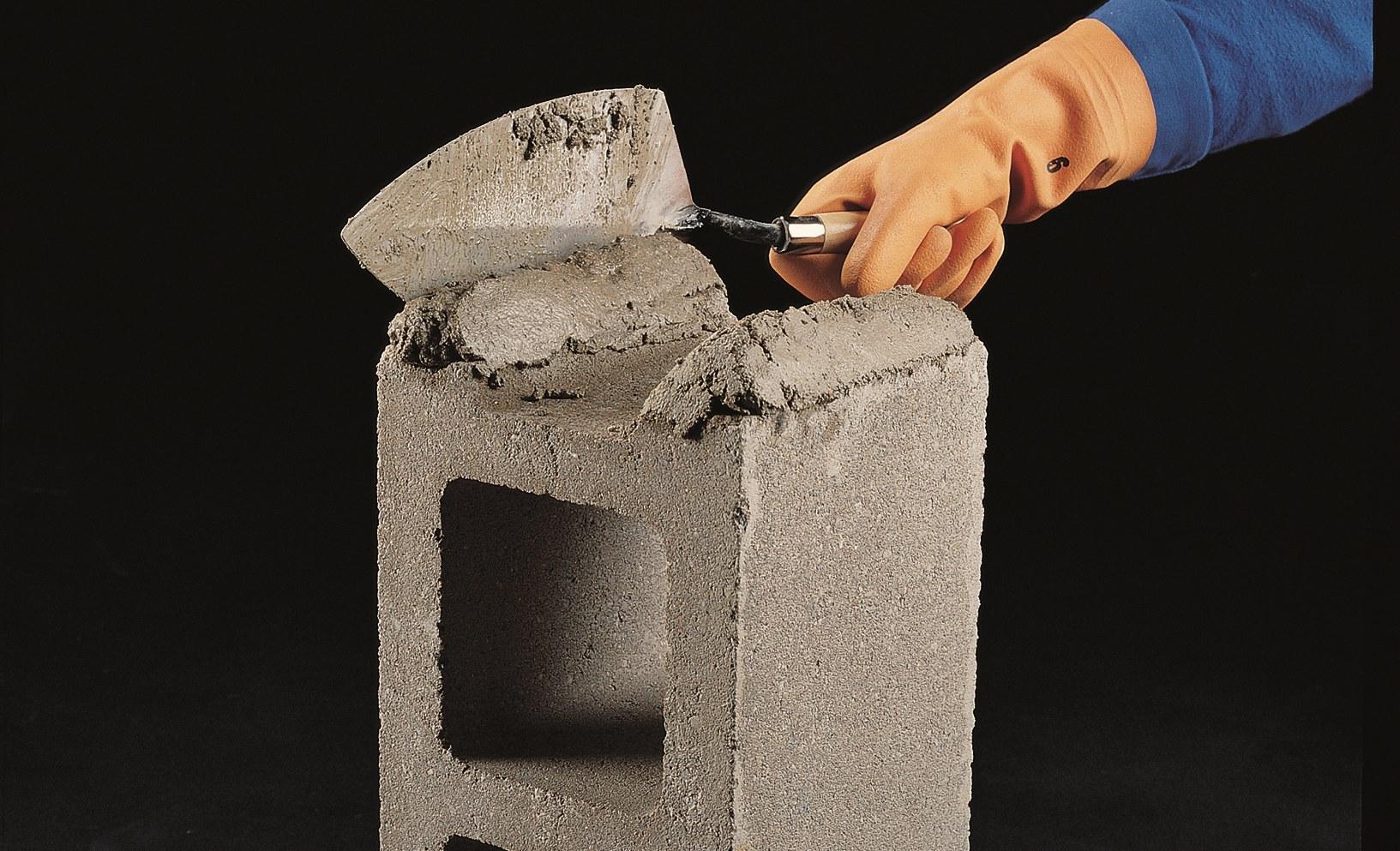 C mo construir una pared de bloques de concreto constru for Hacer escalera de cemento