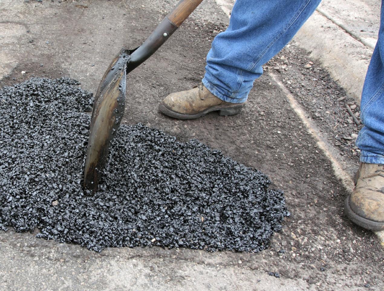 Trabajar con asfalto de manera segura