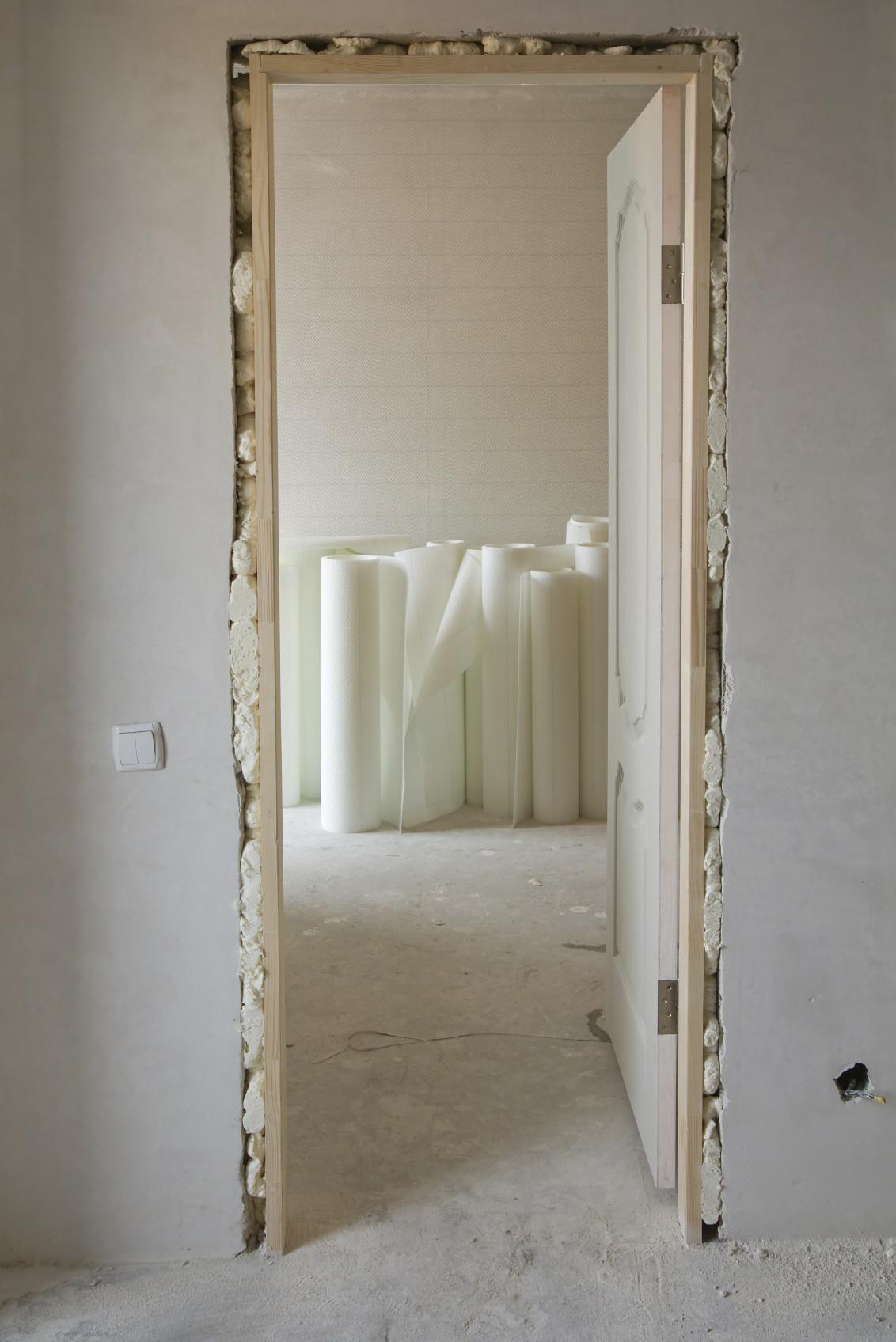 C mo hacer una puerta en una pared interior constru gu a for Como poner una puerta de madera