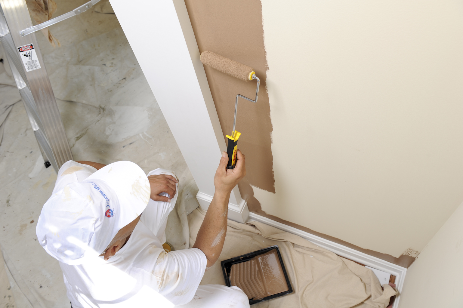 Consejos para elegir pintura para casas - Pasos para pintar una pared ...
