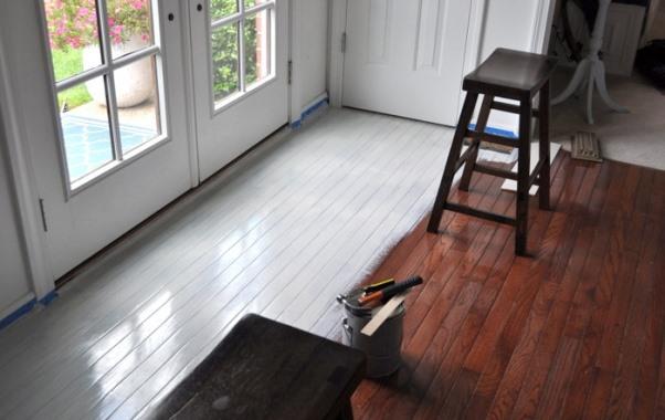 painting-prefinished-hardwood-floor-600x400