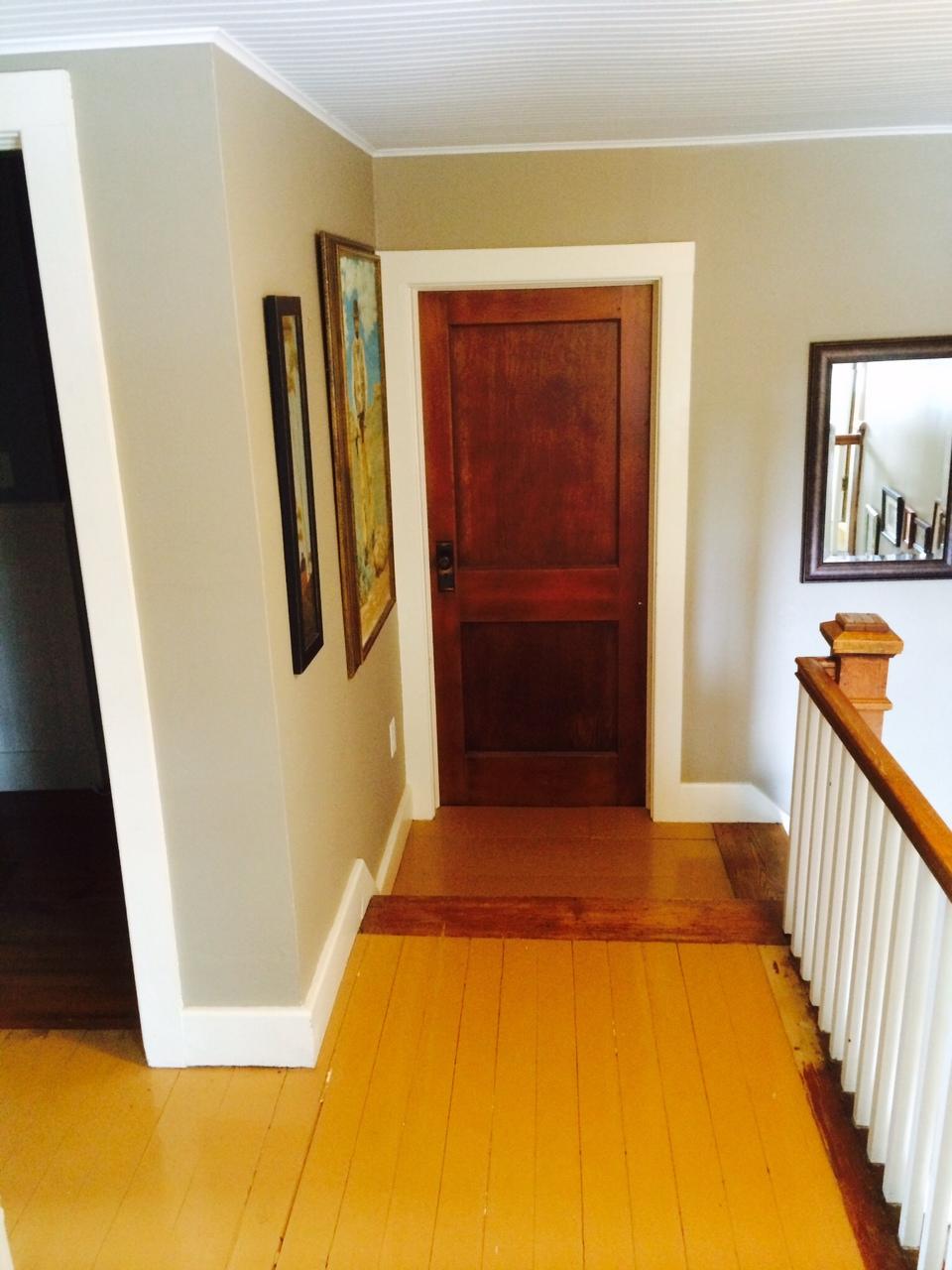 C mo pintar pisos de madera constru gu a al d a - Como pintar un piso pequeno ...