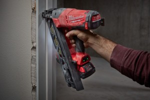 M18 FUEL™ 15 Gauge Finish Nailer Kit