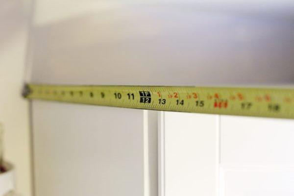 Cómo medir antes de cortar sus molduras decorativas 3