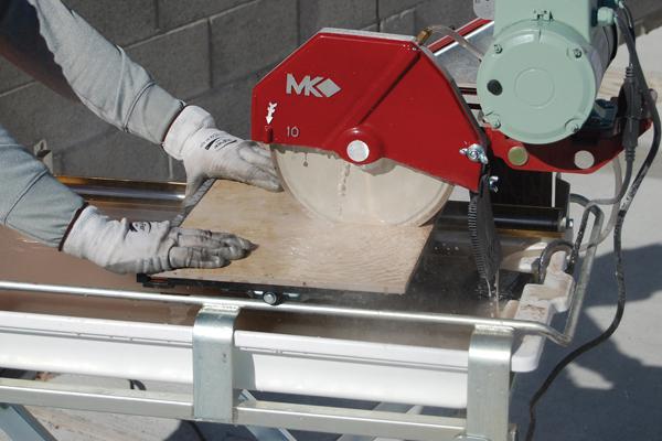 Domine el uso de su sierra para baldosas o losas cerámicas